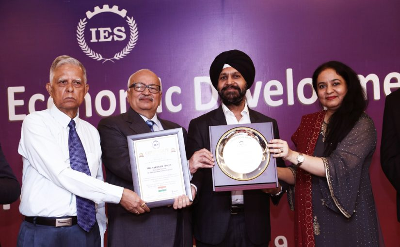Shri. Sarabjit Singh, Managing Director – Akal Information Systems Ltd, awarded Udyog Rattan Award